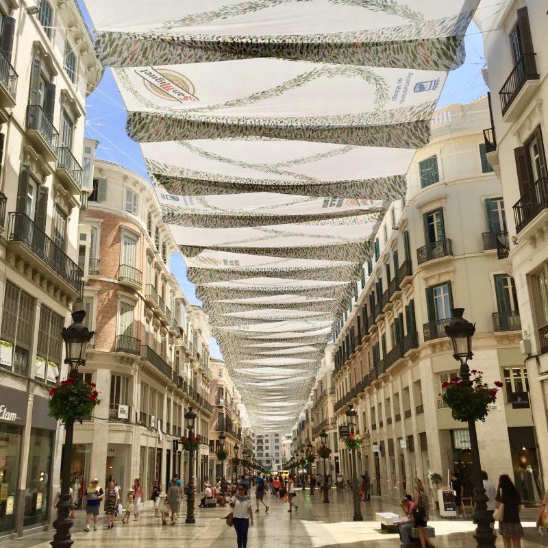 Lekker shoppen in de schaduw in Malaga!