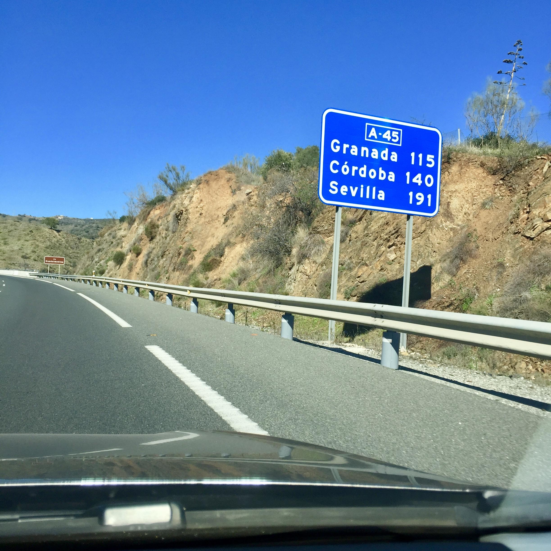 Afstanden van Finca naar Granada, Córdoba en Sevilla